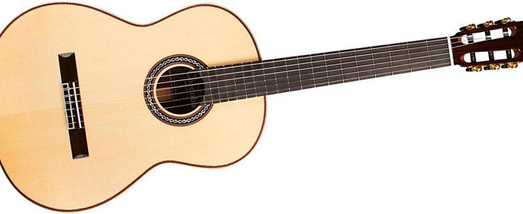 Học guitar classic